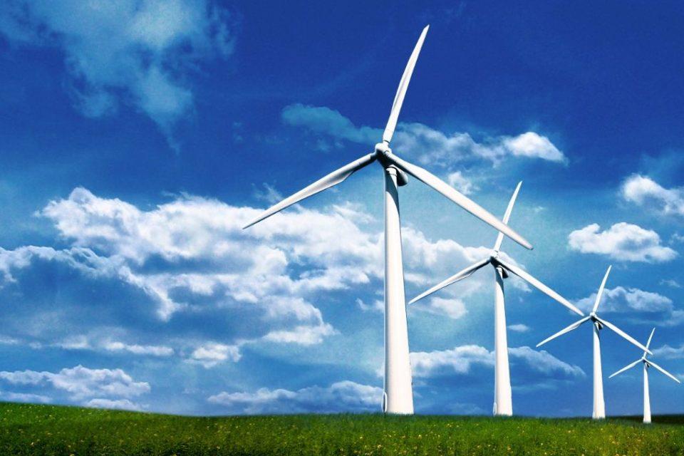 Глобалните енергийни инвестиции са спаднали с 8% през 2015 г.