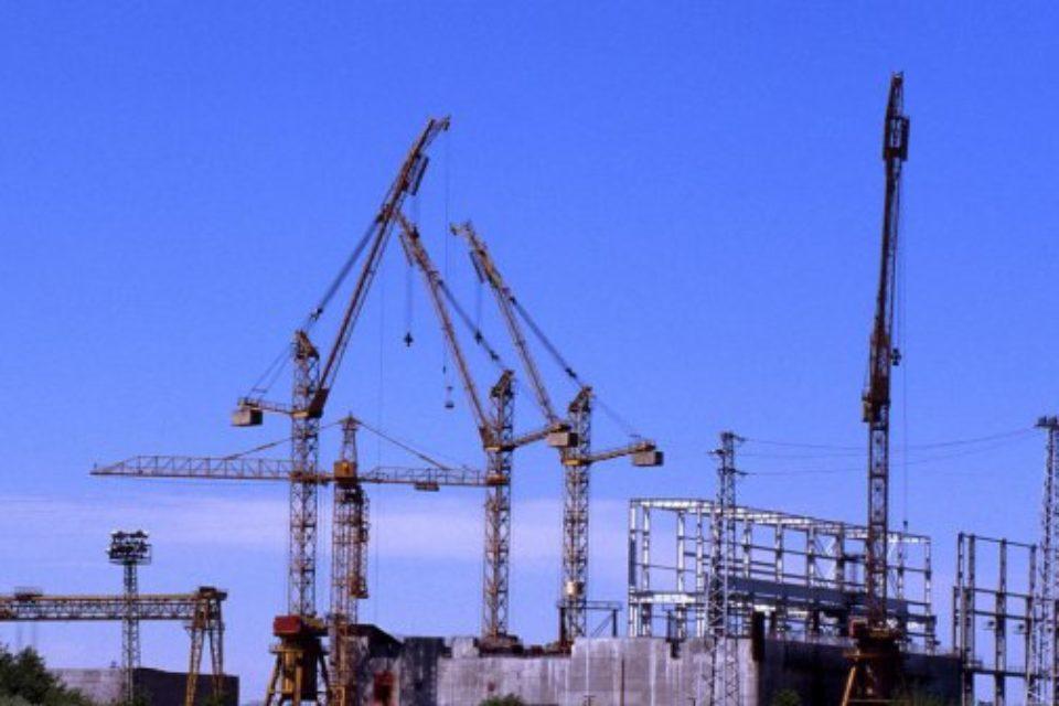 """България ще иска участие на наши фирми в строежа на АЕЦ """"Белене"""""""