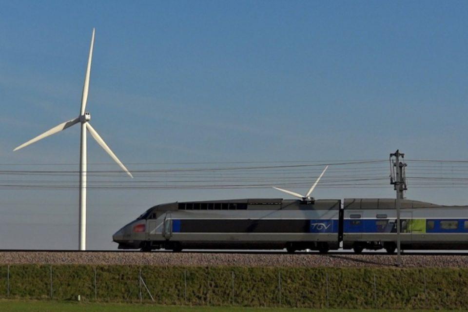 Електрическите влакове в Холандия вече се задвижват изцяло от вятърна енергия