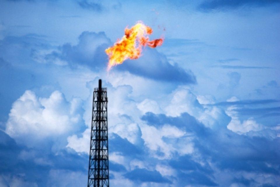 Обсъждат поскъпване на природния газ с близо 30% от април