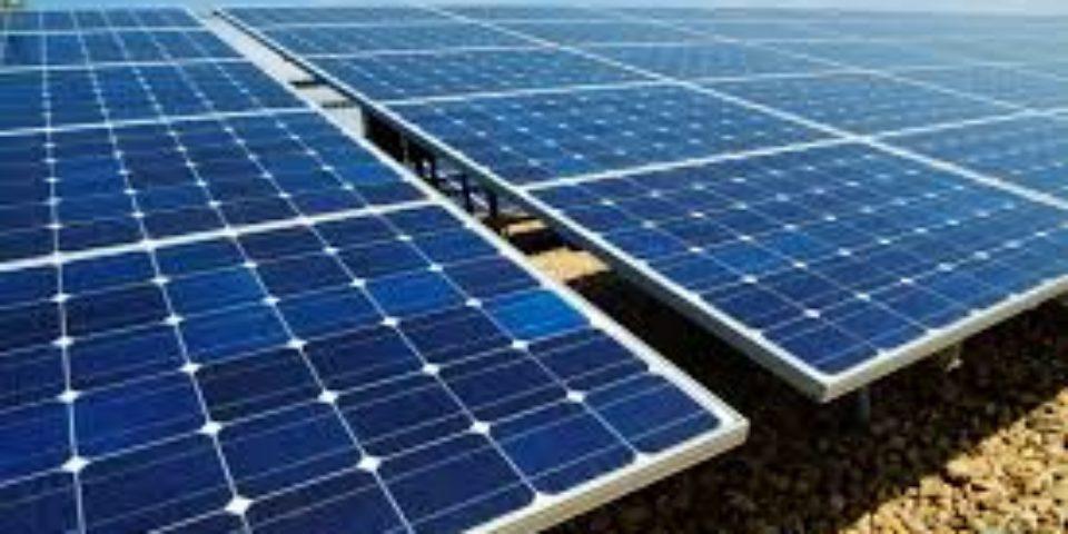 ОАЕ планират да инвестират $150 млрд. във възобновяема енергия до 2050