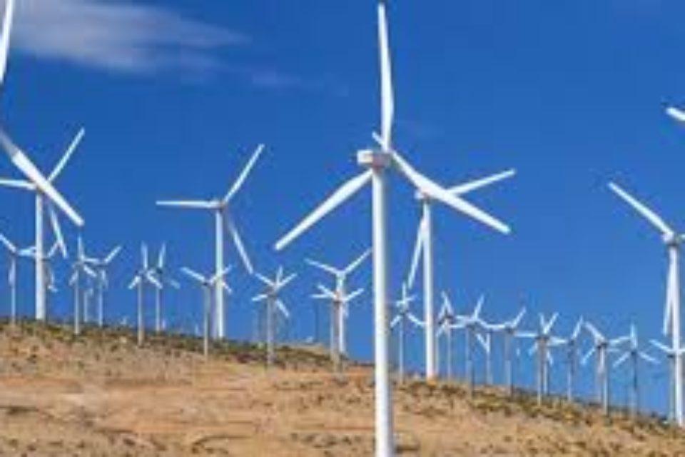Турция завършва търгове за вятърна енергия за 4,5 млрд. долара до края на 2017-та