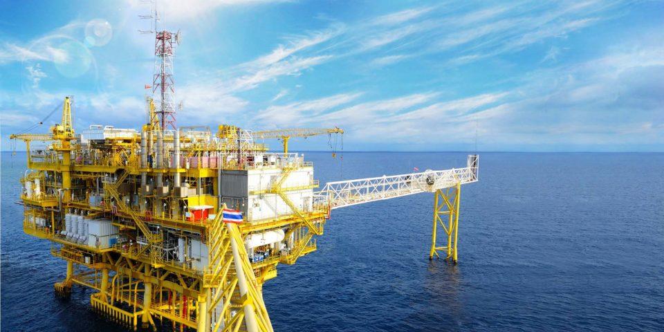 С гласа на Русия вероятно ОПЕК ще продължи да свива производството на петрол