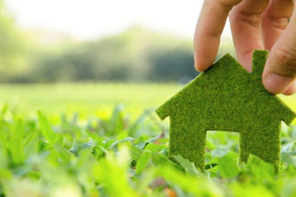 Зеленият ток ще се продава през борсата от 1 юли
