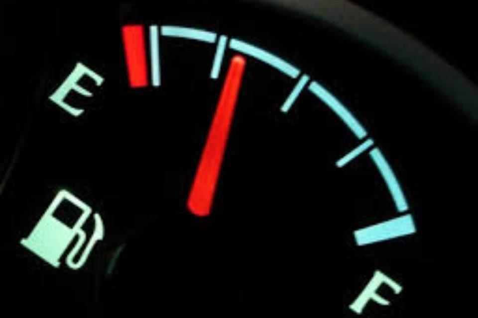 Караниколов: Ще искаме 6 месеца отсрочка за Закона за горивата